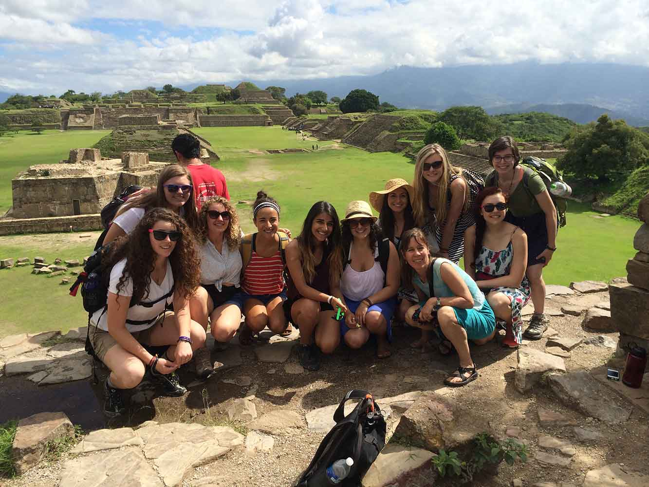 Chemeketa students at Monte Alban ruins